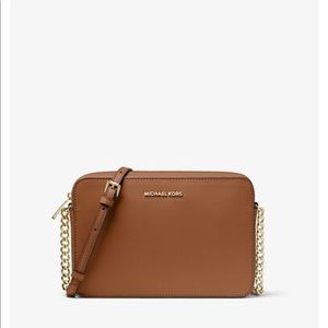 Michael Kors Jetset Crossbody Bag- color Luggage